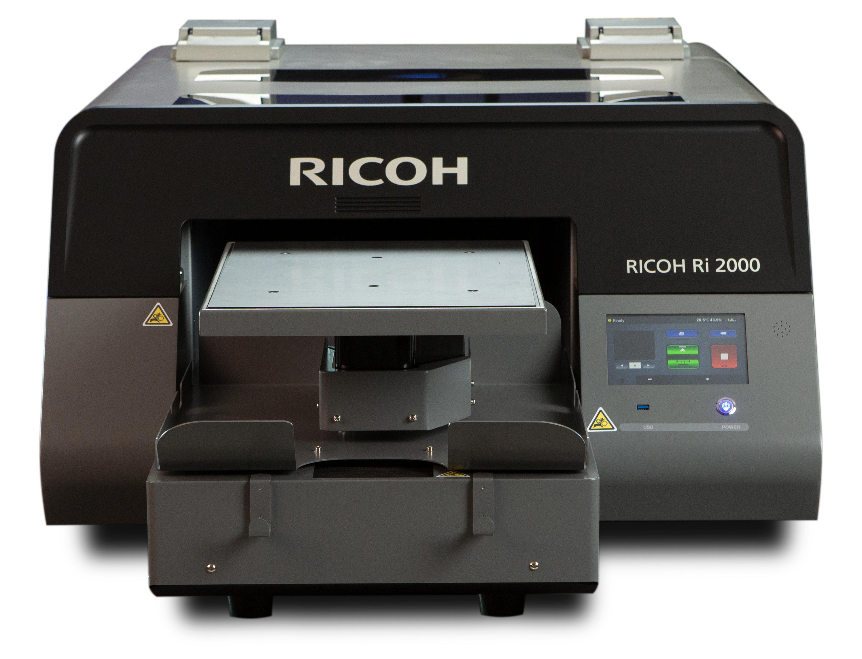 Ri 2000 предназначен для динамично развивающегося рынка персонализированной печати на текстиле.